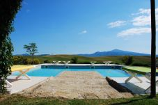 Villa in Pienza - Luxury Privacy in the Heart of Tuscany